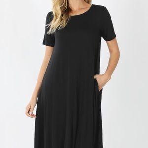 Little black jersey dress with pockets!💥SALE💥